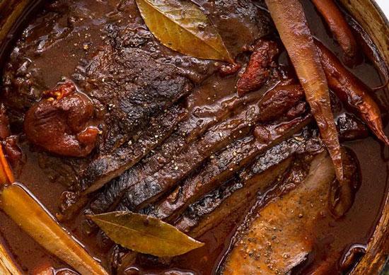 روش تهیه خوراک گوشت گاو مغولی در منزل