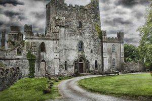 قلعه ارواح،جاذبه ترسناک گردشگری در ایرلند