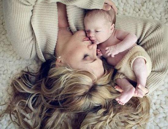 عکس های عاشقانه مادر و فرزندی مخصوص پروفایل و استوری + متن