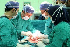 دلیل سبز رنگ یا آبی بودن لباس اتاق عمل و جراحان