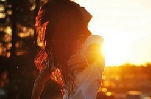 همه مے گـویـنـב غروب خورشید بسیار تَـماشـایـے ستـ