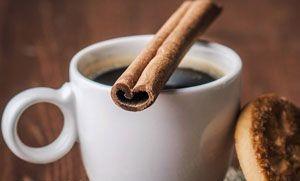 طرز تهیه قهوه با دارچین و خامه