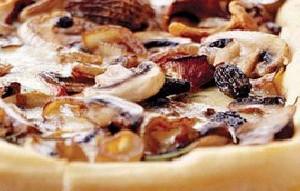 طرز تهیه پیتزا قارچ مخلوط