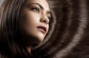 موهای خود را از شرابی به بلوطی تبدیل کنید