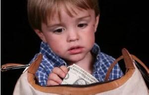 چرا کودکان و نوجوانان دزدی می کنند؟