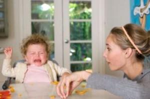 دردسرهای مادرانه برای تغذیه کودکان