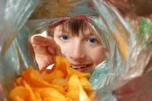 وعده غذایی بچه های دبستانی