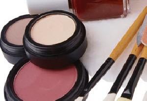 چند راه مرطوب نگه داشتن پوست صورت