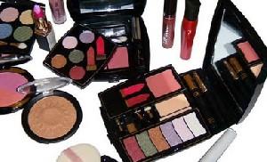 خطراتی که زیبایی شما را تهدید میکند
