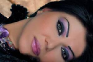 آموزش گام به گام برای رفع آثار پیری در صورت با آرایش