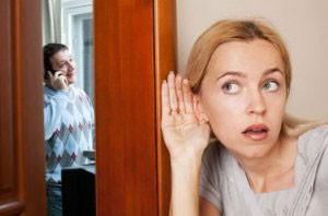 علت های شک و شبهه همسران به یکدیگر