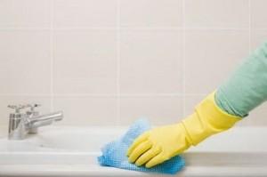 وان حمام  خود را  با این ماده برق بیندازید!