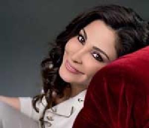 بیوگرافی و افتخارات الیسا خواننده زن عرب