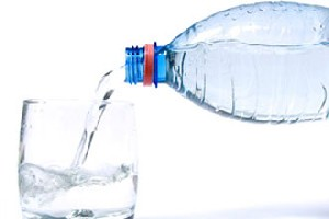 رژیم آب چیست و چه مزایا و معایبی دارد؟