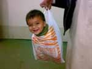 مراقبت از کودکان در هنگام خانه تکانی