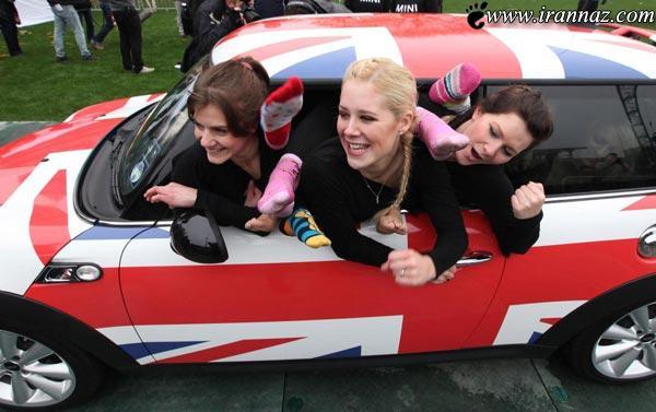 عکس های دیدنی از رکورد جالب 28 زن با یک ماشین
