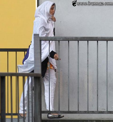 این دختر خانم به دلیل زیبایی اجازه ندارد به مدرسه برود