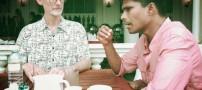 مردی عجیب که فقط 10 بار در سال غذا میخورد (عکس)
