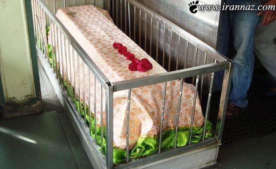 عکس های ترسناکترین رستوران دنیا وسط یک قبرستان!