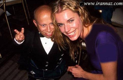 باور میکنید که این مرد شوهر این زن زیباست؟!! (عکس)