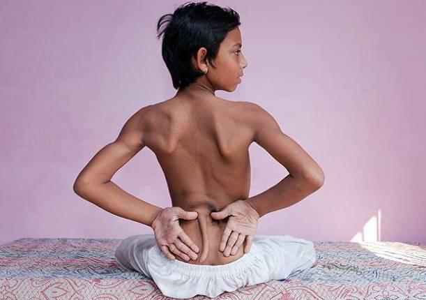 این پسر که دم دارد، خدای هندوها شده است (عکس)