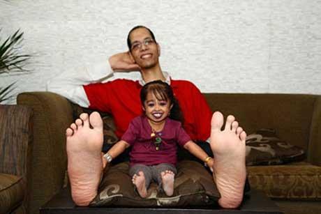 ملاقات کوچک ترین زن دنیا با بلند ترین مرد دنیا(عکس)