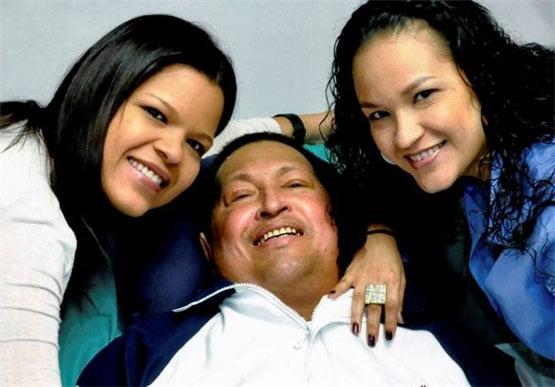 آخرین عکس  چاوز و خانواده اش