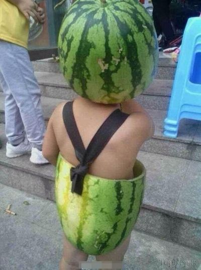 لباس خنده دار و جالب بچه از نوع هندوانه (عکس)