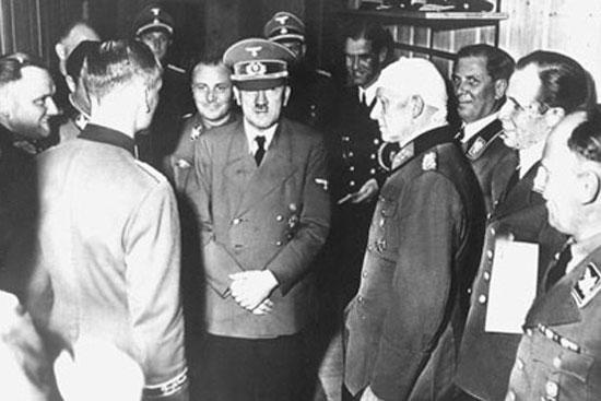 عاملان سوء قصد نافرجام هیتلر (عکس)