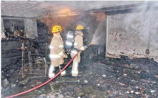 سوختن خانه ای به دلیل منفجر شدن یک گوشی (عکس)