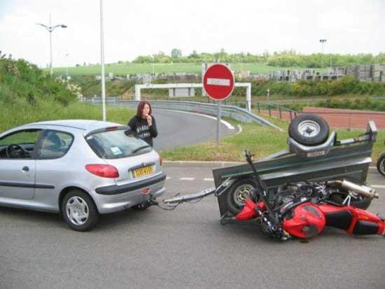 عکس های خنده دار و جالب از رانندگی برخی خانم ها