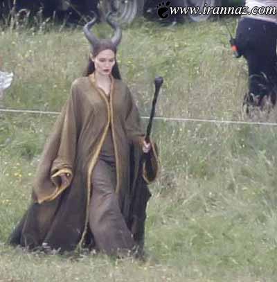 وقتی آنجلینا جولی در پشت صحنه فیلم بچه داری میکند