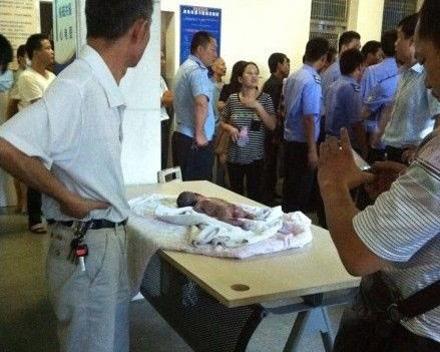 یک اتفاق دلخراش برای این نوزاد بیچاره (عکس 18+)