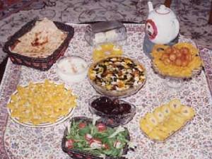 مصرف موادغذایی چرب هنگام افطار باعث بی اشتهایی هنگام سحر