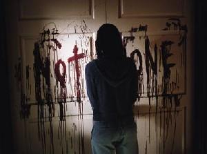 تماشای فیلمهای ترسناک و تمایل به خودکشی