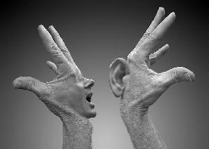 تقویت حافظه با حرف زدن با دستها!!