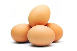 تخم مرغ خام نخورید،مضر است