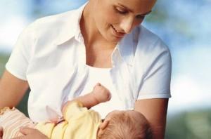 چه زمانی کودک خود را از شیر بگیریم؟