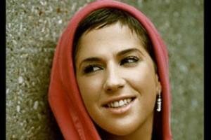 جزئیاتی دلایل مسلمان شدن خواننده زن فرانسوی!