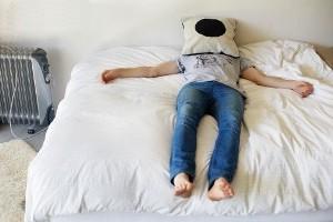 چطور بر خوابیدن بیش از حد غلبه کنیم؟