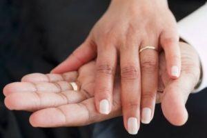 ازدواج یک فرد با نامزد مرده!