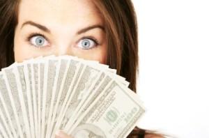 چیزی که بیشتر از پول شادی می آورد!