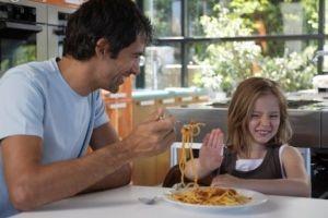 نکاتی بسیار مهم درباره تغذیه كودكان