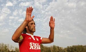علی کریمی هشتمین بازیكن محبوب جهان در سال 2009
