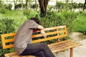 مراقب تغییرات رفتاری نوجوانان باشید