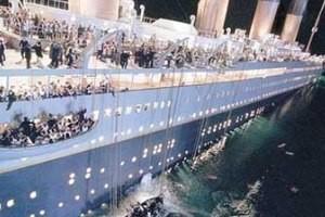بررسی علمی - تاریخی غرق کشتی تایتانیک!