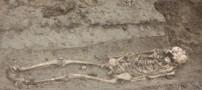 کشف یک جسد متعلق به پزشک جادوگر 800 ساله