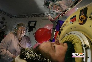 زنی که 60 سال خوابیده زندگی کرد!!