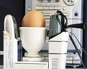 پخت تخم مرغ با استفاده از موبایل