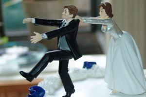 دعوای خانمها بر سر ازدواج مجدد آقایان